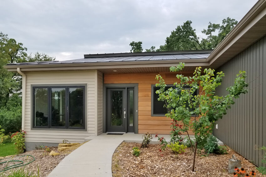 Transitional modern style brio design homes custom home for Contemporary home builders wisconsin